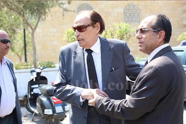 اشرف ذكي و محمد صبحي يشيعون جثمان جميل راتب - جنازة جميل راتب