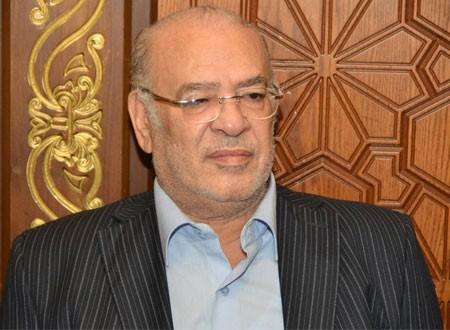 صلاح عبد الله طبيب فى «صندوق الدنيا»