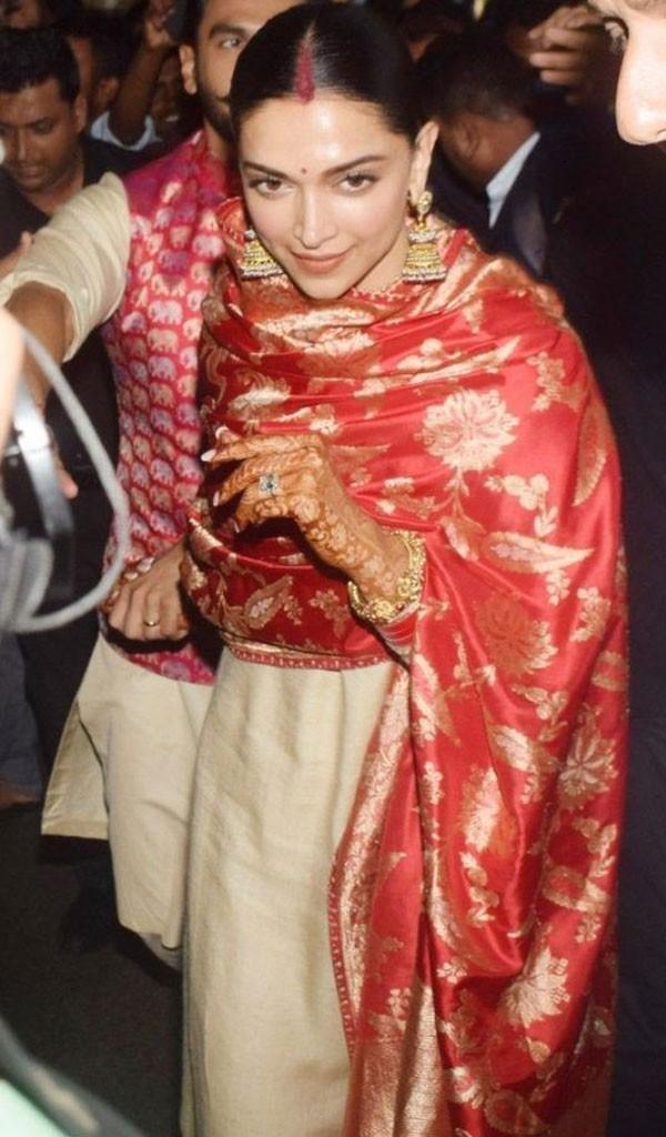 العروسان رانفير وديبيكا في مومباي بعد حفل زفافهما الإيطالي.. صور