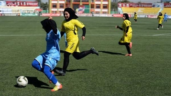 الكرة الافغانية