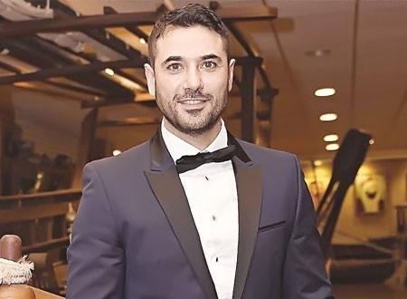 بعد فيلم «الممر».. برلمانية تطالب أحمد عز باستكمال بطولاته والاعتراف بأولاده من زينة