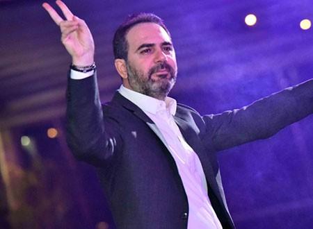 وائل جسار ودينا يشعلان حفلات الكريسماس بأحد الفنادق النيلية.. شاهد