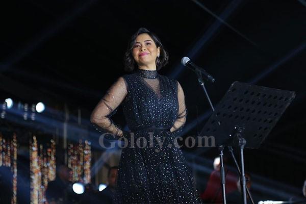 شيرين عبدالوهاب تتألق بحفل عالمي في بورتو بيراميدز احتفالا بالعام الجديد