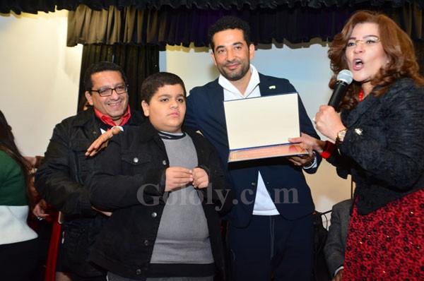 تكريم عمرو سعد في حضور النجم الكبير سمير الأسكندراني