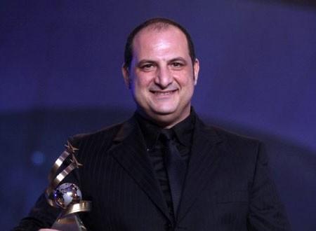 خالد الصاوي: تامر حسني مجنون