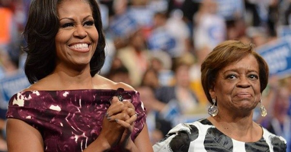 ميشيل اوباما ووالدتها
