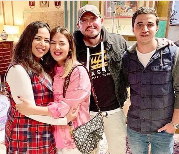 جولولي   إيمي سمير غانم تحتفل بعيد ميلادها في كواليس ...