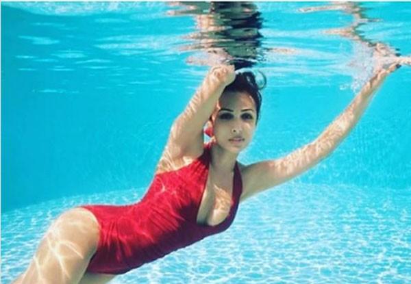 بحث عن السباحة from gololy.com