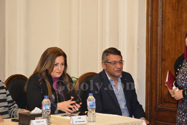 نهال عنبر و سامح يسري يشاركان في صالون الوفد الثقافي