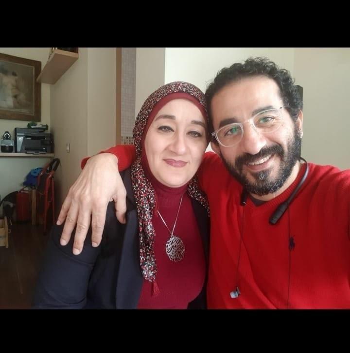 شقيقة احمد حلمي