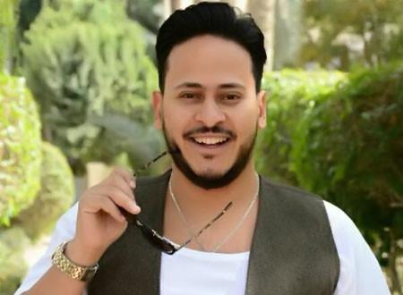 كريم عفيفي يحتفل بعيد ميلاد نجله.. شاهد