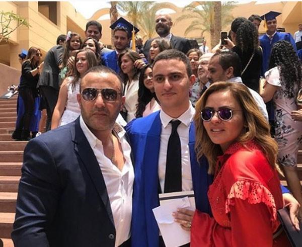 انفصال أحمد السقا وزوجته رسميًا بعد زواج 20 عامًا