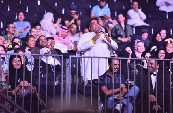 امير الغناء العربى هاني شاكر يتالق فى السعودية فى حفل كامل العدد