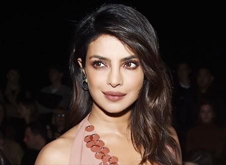 بريانكا شوبرا تتصدر قائمة مشاهير بوليود على IMDb 2019