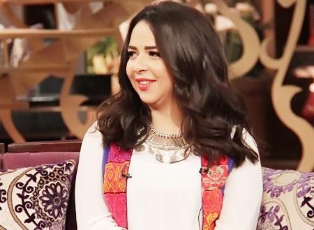 إيمي سمير غانم تستعرض هدايا عيد ميلادها.. فيديو