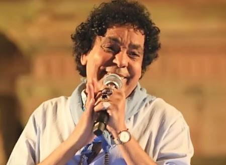 محمد منير: حظي إني زملكاوي وعصبي و«قليل الآداب» ساعات