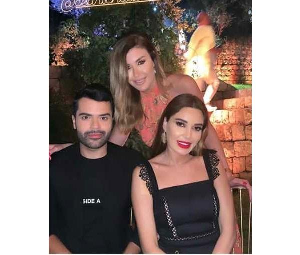 نجمات لبنان يجتمعن على عشاء زهير مراد