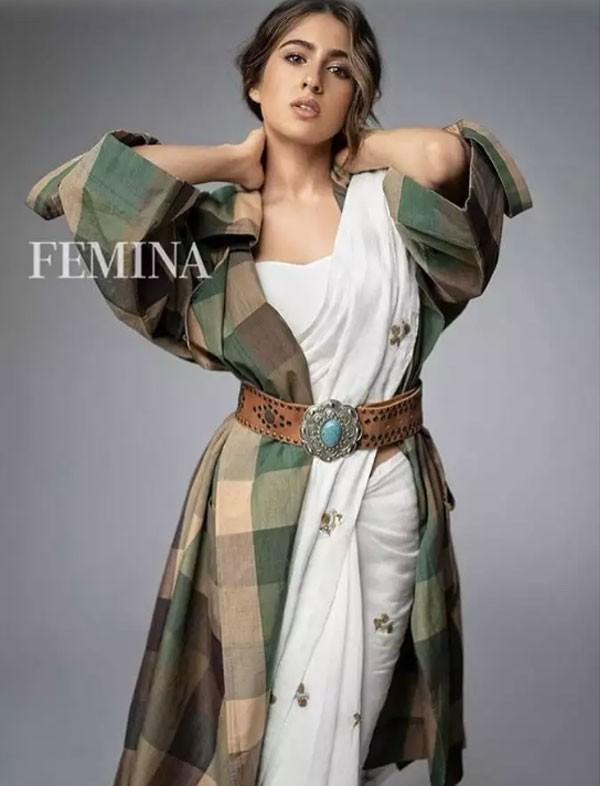 سارة علي خان مذهلة على أحدث غلاف لـ فيمينا