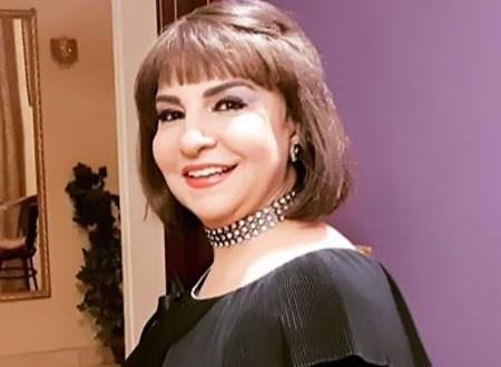 فاطمة الكاشف في لقطة قديمة مع زوجها جمال عبدالناصر.. شاهد