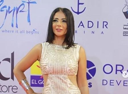 منى زكي تتغزل في إياد نصار: كسبت قلبي