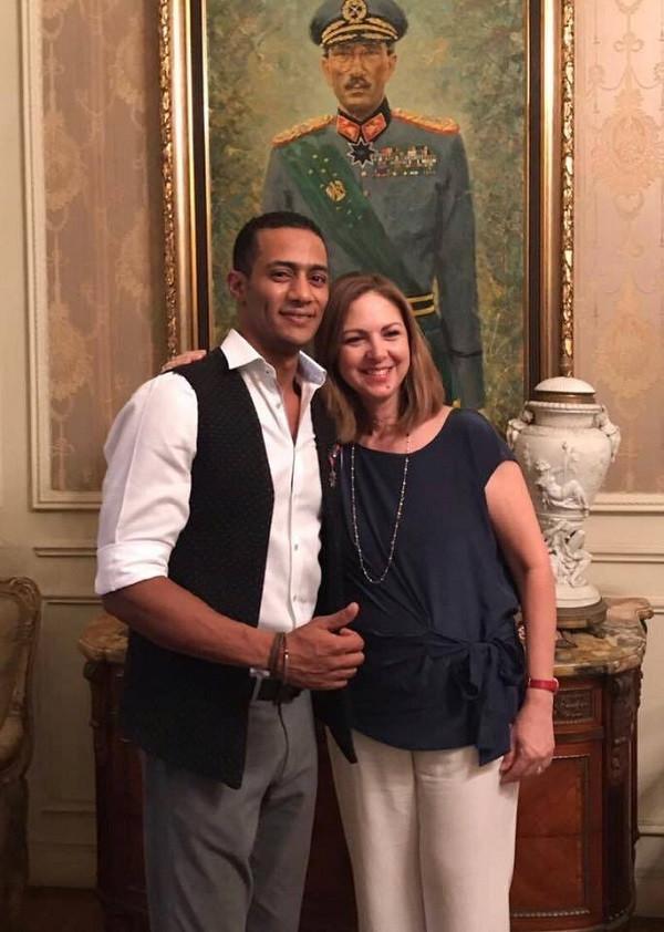 محمد رمضان وزوجة الرئيس السادات