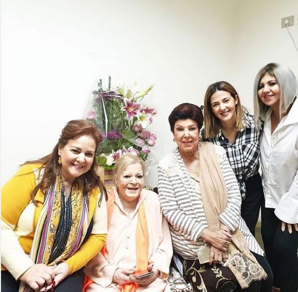 نادية لطفي و دلال عبدالعزيز و دنيا سمير غانم