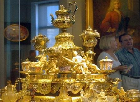 سرقة كنز من متحف ألماني قيمته مليار يورو.. صور وفيديو
