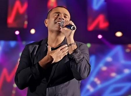 ماذا قال عمرو دياب عن أغاني المهرجانات واعتزال أيمن بهجت قمر؟