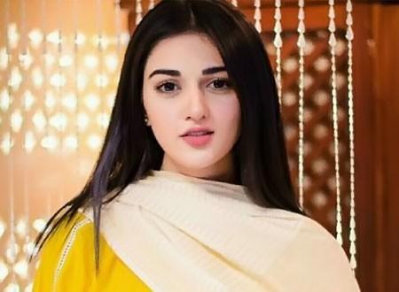 سارة علي خان تحصل على الموافقة بعرض فيلمها الجديد  Love Aaj Kal