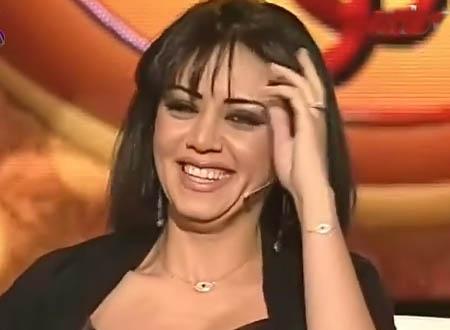 رانيا يوسف: علي رجب «ضحك عليّا»