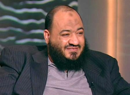 عبدالمنعم الشحات يدعو أبو تريكة لاعتزال كرة القدم لأنها حرام