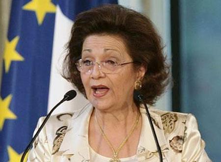 سر انقطاع سوزان مبارك للمرة الثانية عن زيارة نجليها بطرة