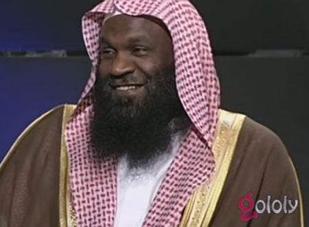 عادل الكلباني: لماذا لا يرد المفتي على هذه الكاتبة؟