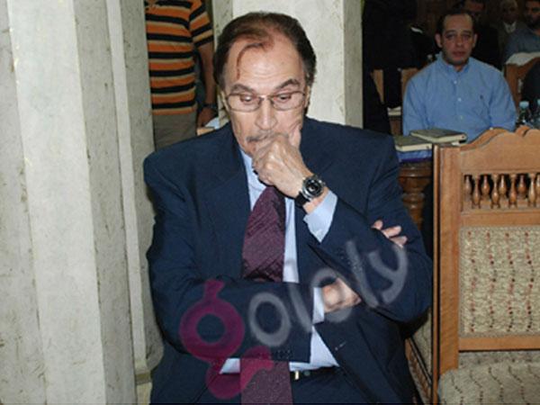 محمود عبدالعزيز - عزت العلايلي