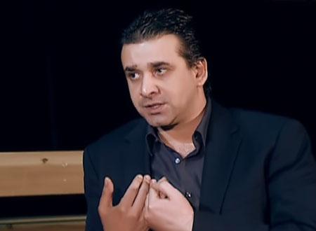 """كريم عبد العزيز يرفع شعار """"لا للتخوين"""""""