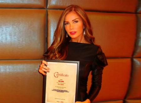 نيكول سابا أفضل ممثلة لبنانية باختيار «سيدتي»