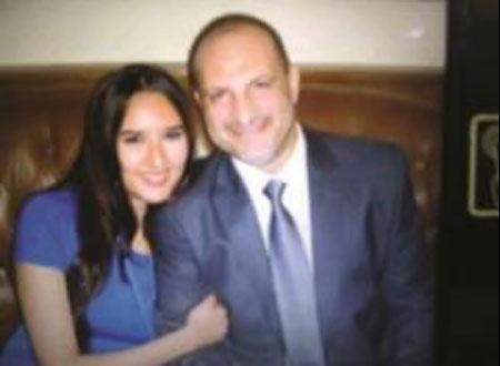 أول صورة لخالد الصاوي وزوجته
