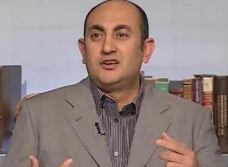 خالد علي: اقتحام المركز «قمع» للمعارضين وبناء للدولة «البوليسية»