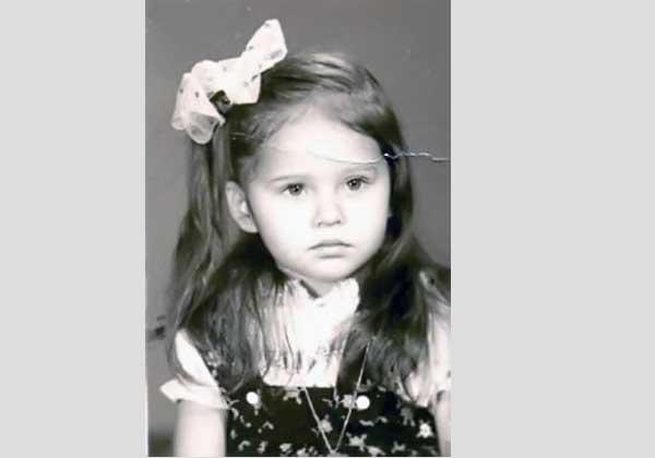 40 معلومة عن نيللي عطا الله: تزوجت في سن الـ 16 وزوجها الثاني «حرمها من مليون دولار»