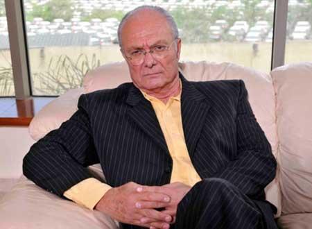 اعتزال الفنان يوسف فوزي لإصابته