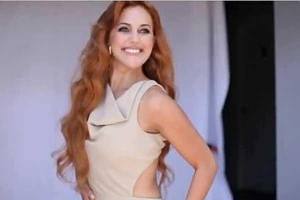 الممثلة التركية هيام في مسلسل حريم السلطان