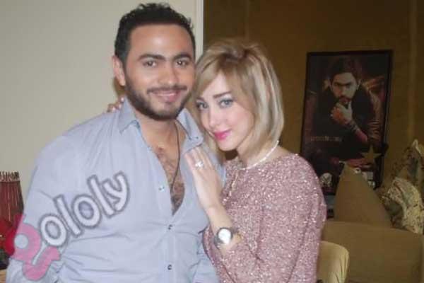 تامر حسني مع زوجته بسمة بوسيل