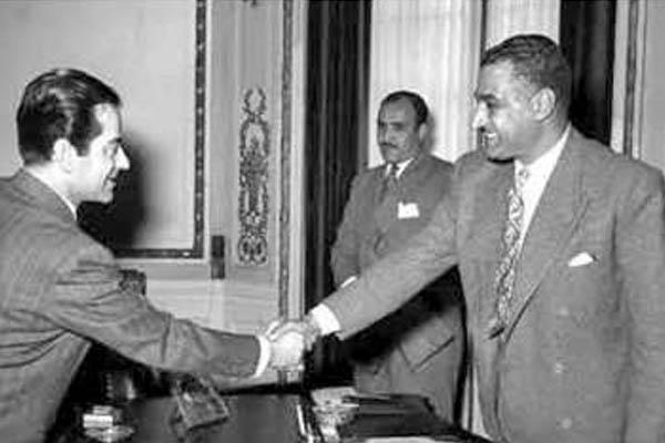 بالصور فريد الأطرش يقابل جمال عبد الناصر حي ا وميت ا