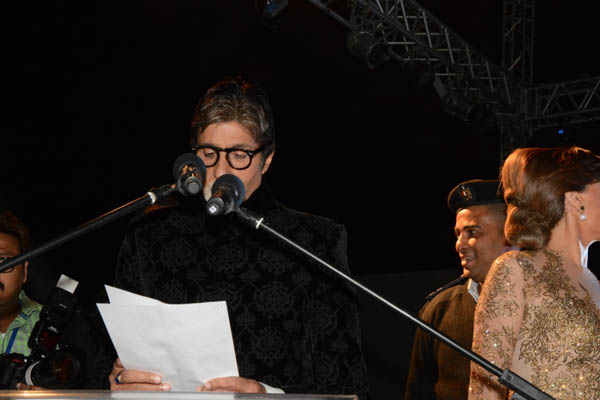 النجوم في احتفالية تكريم اميتاب باتشان