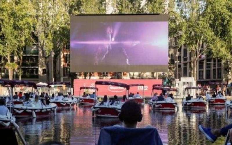 عروض سينما على نهر السين