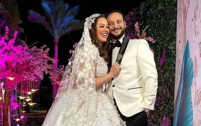 أحمد خالد صالح وهنادي مهنى من حفل زفافهم